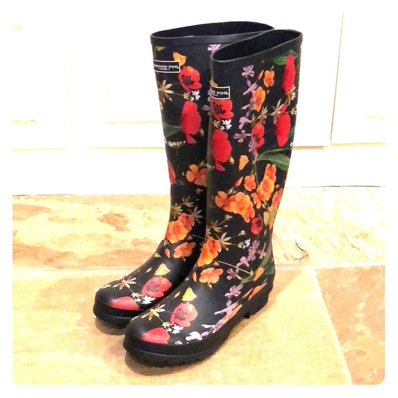 Black Floral London Fog Rain Boots
